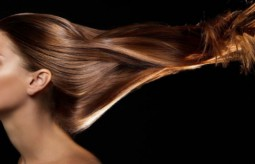 Maseczka olej kokosowy i osiem składników - sposób na piękne włosy