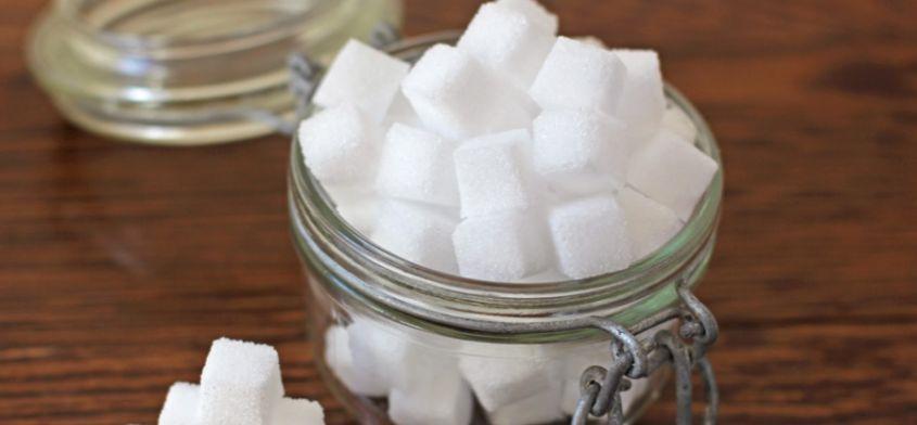 Cukier dzieci nie krzepi - o szkodliwości białego curku