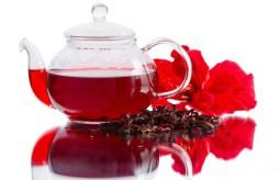 Hibiskus - zdrowa i orzeźwiająca herbatka na gorące dni