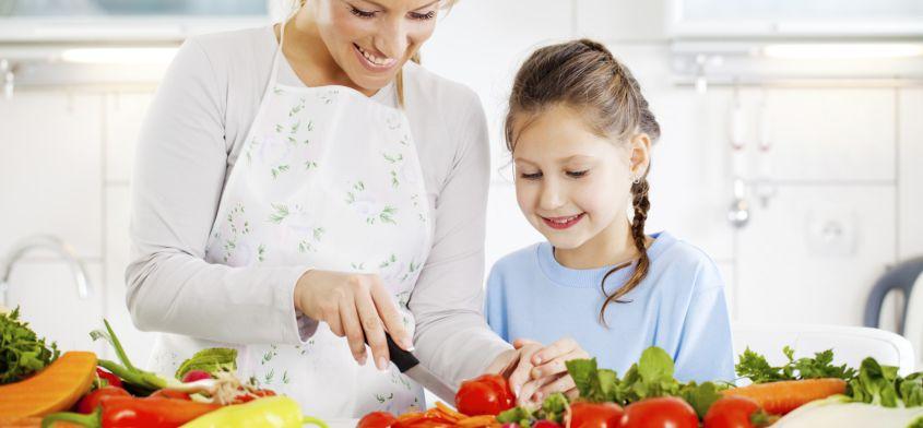 10 sposobów jak przekonać dziecko do zdrowego odżywiania