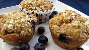 Blueberry-Raspberry-oatmeal-muffins-5