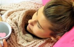 Bóle mięśni przy przeziębieniu. Jak sobie z nimi radzić?