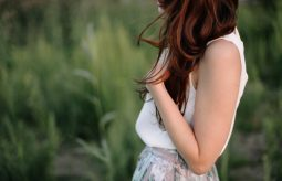 Henna na włosy – czy warto z niej skorzystać?