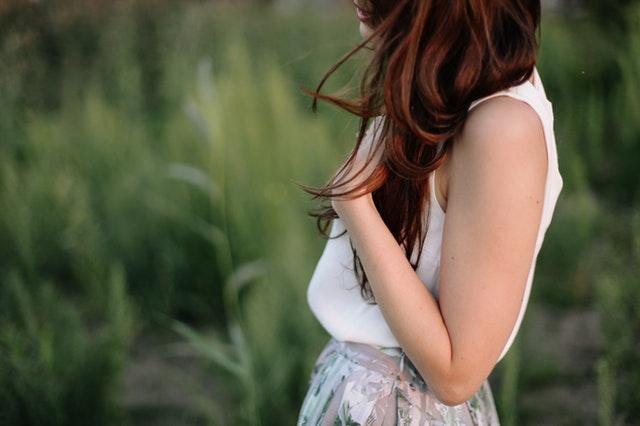 Henna na włosy - czy warto z niej skorzystać?