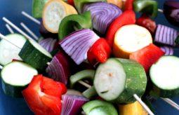 Wegańskie dania na grilla – przepisy i składniki