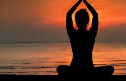 Tantra – co to jest, w czym nam pomaga i jak ją praktykować?