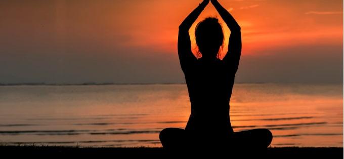 Tantra - co to jest, w czym nam pomaga i jak ją praktykować?