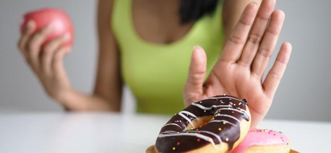 Zdrowe przekąski - które wybrać, na co zwrócić uwagę i na co uważać