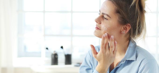 Zalety kosmetyków naturalnych. Oto, dlaczego warto je stosować